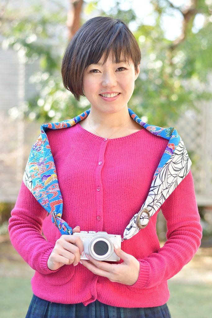 南国を感じさせる青と白の爽やかモデル 『ウチナ(沖縄)』
